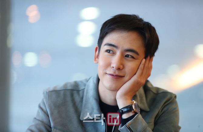 Nichkhun:因为韩国活动不算活跃,很多人以为我已经隐退