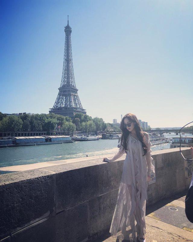 朴敏英@巴黎旅遊