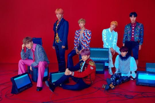 BTS 改版专辑连续第五週进入告示牌「Billboard 200」专辑榜!