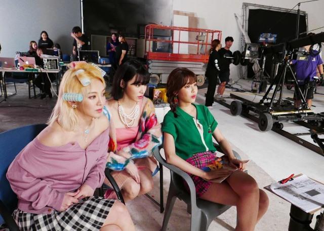 孝淵、Tiffany、秀英