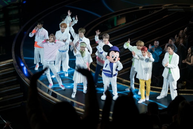 NCT 127《米奇90週年盛會》