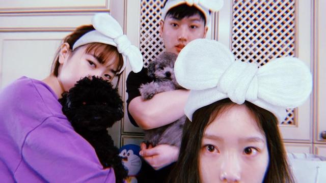 太妍與親哥哥、妹妹