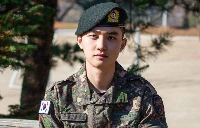 EXO 第二位退伍成员 D.O. 公开手写信:谢谢你们等我!