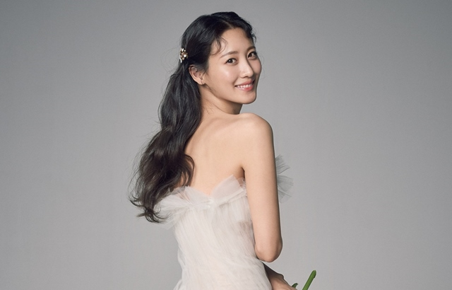 china金娜娜男朋友_《葛林戴華德》「娜吉妮」金秀賢與圈外男友完婚! - Kpopn