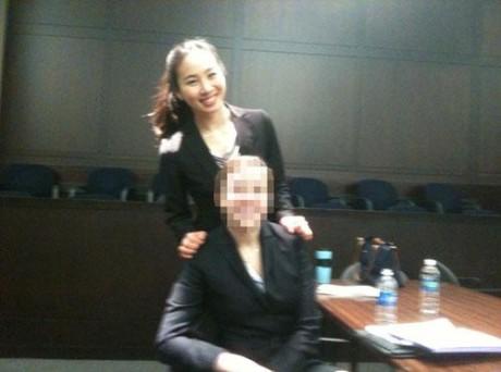 李秀恩在法律事务所上班