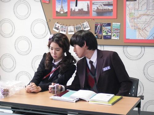 东澔用英文骂刘仁娜??
