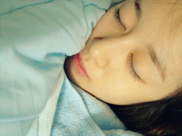 智妍睡觉照片公开