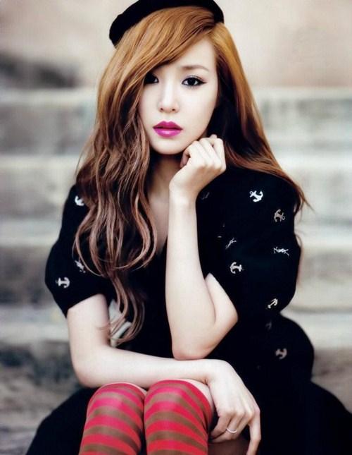 Vogue Girl ─ Tiffany