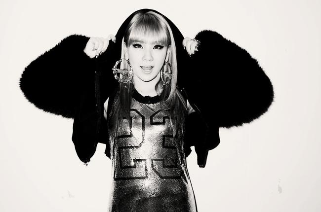 CL 接受美国告示牌专访