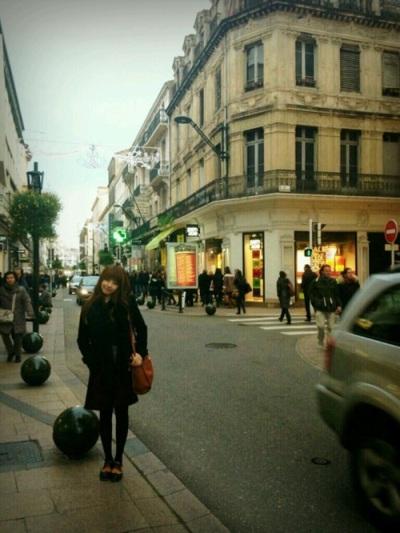 在法国的 Juniel