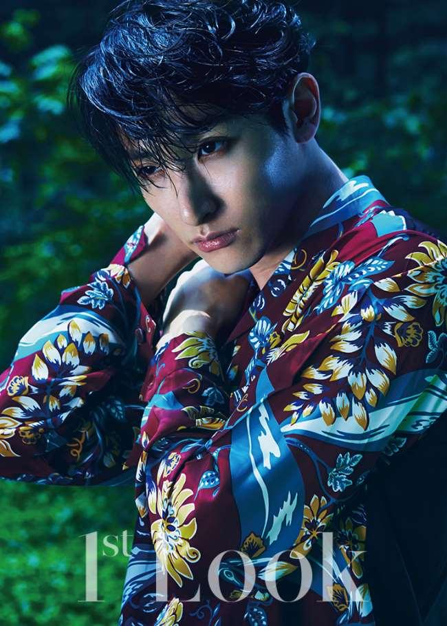 李秀赫 @ 1st Look