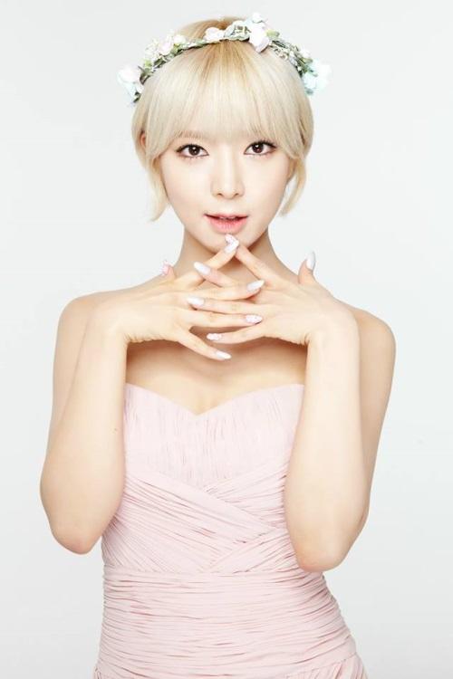 AOA 草娥,生日快乐!