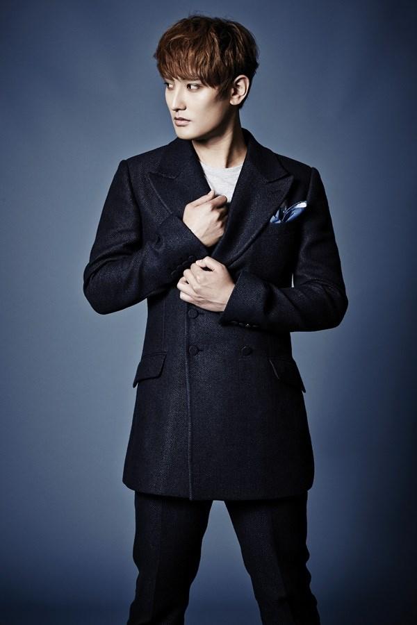 安七炫将发行出道20周年纪念专辑