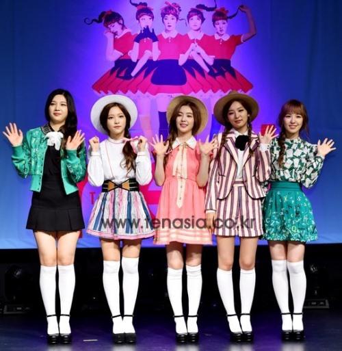 Red Velvet 预计暑假回归